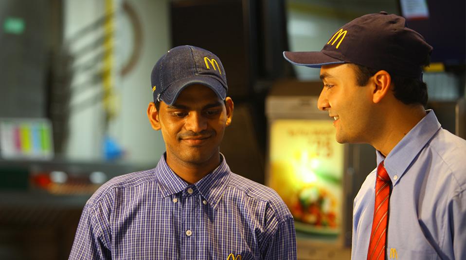 McDonalds-Employee_2