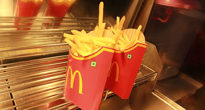why mcdonalds fries taste so good rhetorical analysis The purpose of this mcdonal's commercial is to lure more customers by using pathos showing delicious food and children being happy also by creating a catchy jingle  mcdonal's is a happy place singed by children demonstrating that kids love mcdonal's and makes them happy.