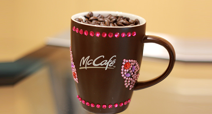 mcdafe celebrate coffee glitter mug