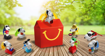 snoopy pet beagle cartoon happy meal
